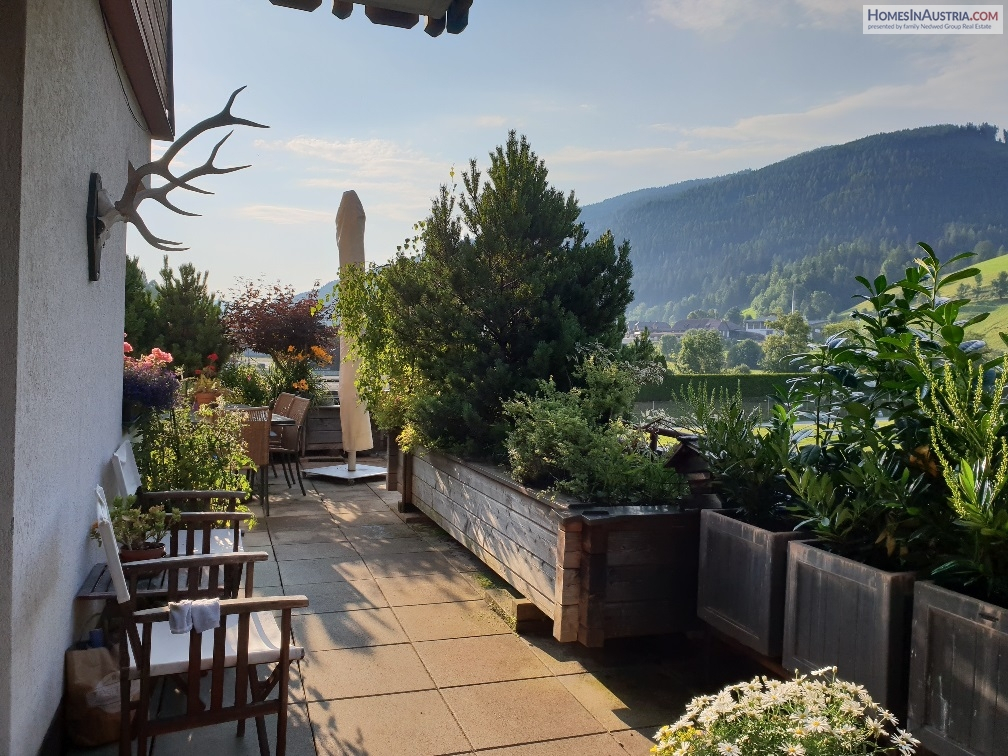 Bad Kleinkirchheim Carinthia, Apartment (WAID) best position, large terrace, across from the hot spa Roemertherme