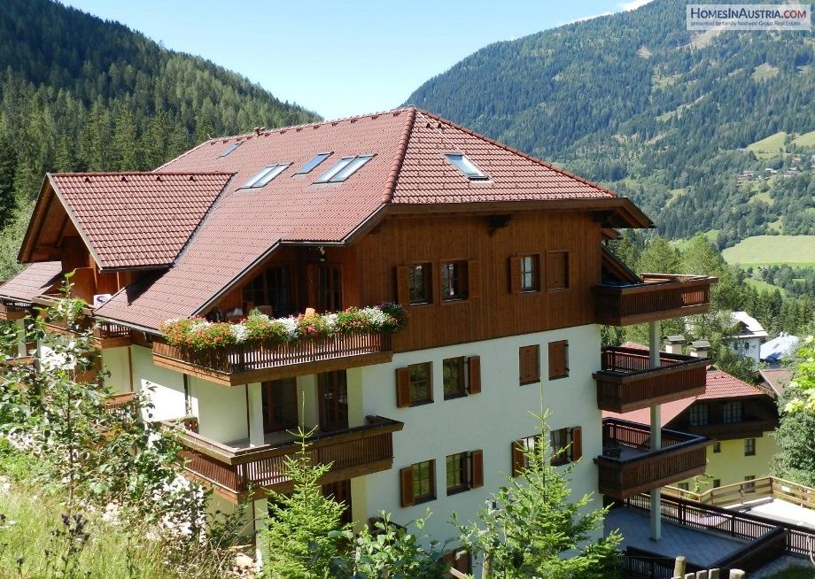 Bad Kleinkirchheim, Carinthia, Apartment (BERTAC) right by the ski slopes