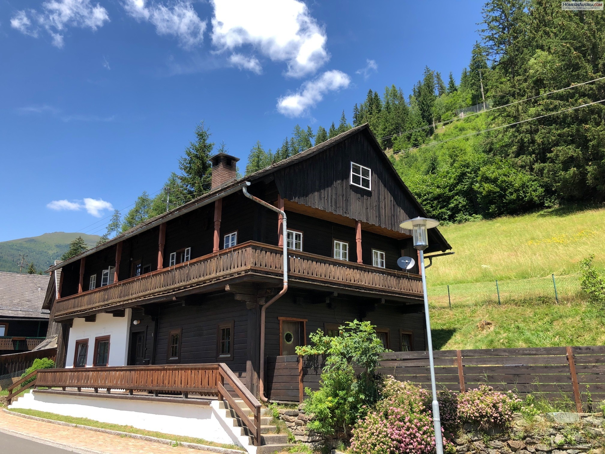 Patergassen, Carinthia, Adorable traditional house (ANNA) in small village, near skiing and golf, renovated