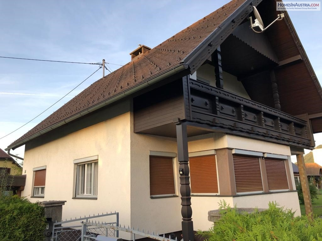 Ferlach, Carinthia, Traditional Home (WIWO) with living area of135m2 and nice maintained yard of 1500m2